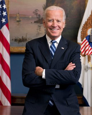 Official portrait of Vice President Joe Biden in his West Wing Office at the White House, Jan. 10, 2013. (Official White House Photo by David Lienemann)